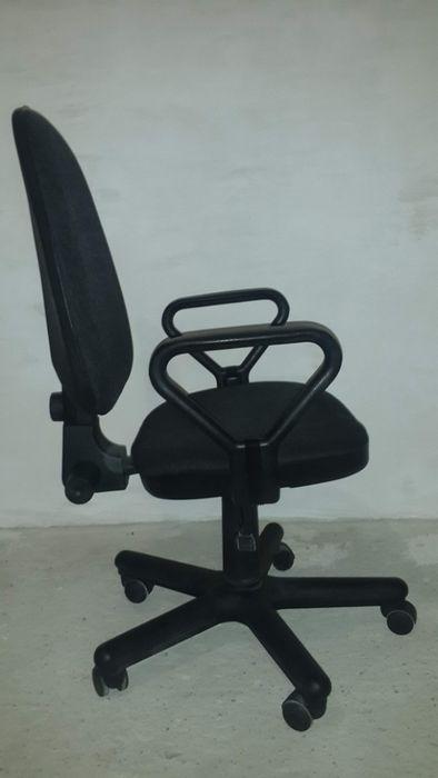 РЕМОНТ офісних крісел і стільців