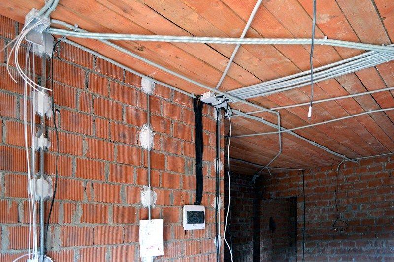 Електромонтаж, ремонт електропроводки будь-якої складності