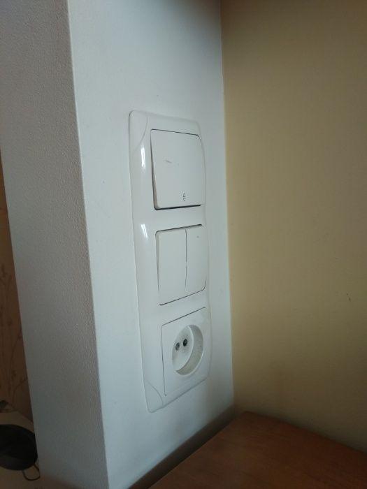 Ремонт, установка розеток і вимикачів