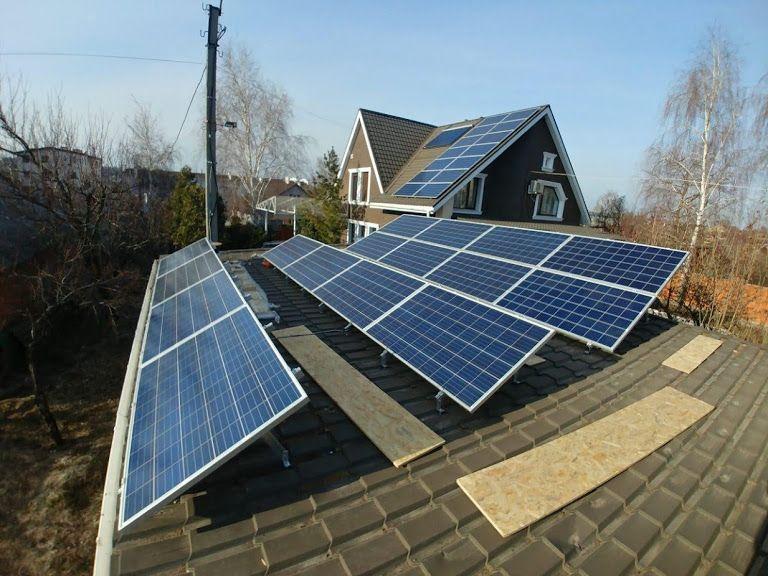 Сонячні батареї і монтаж мережевих, гібридних і автономних станцій